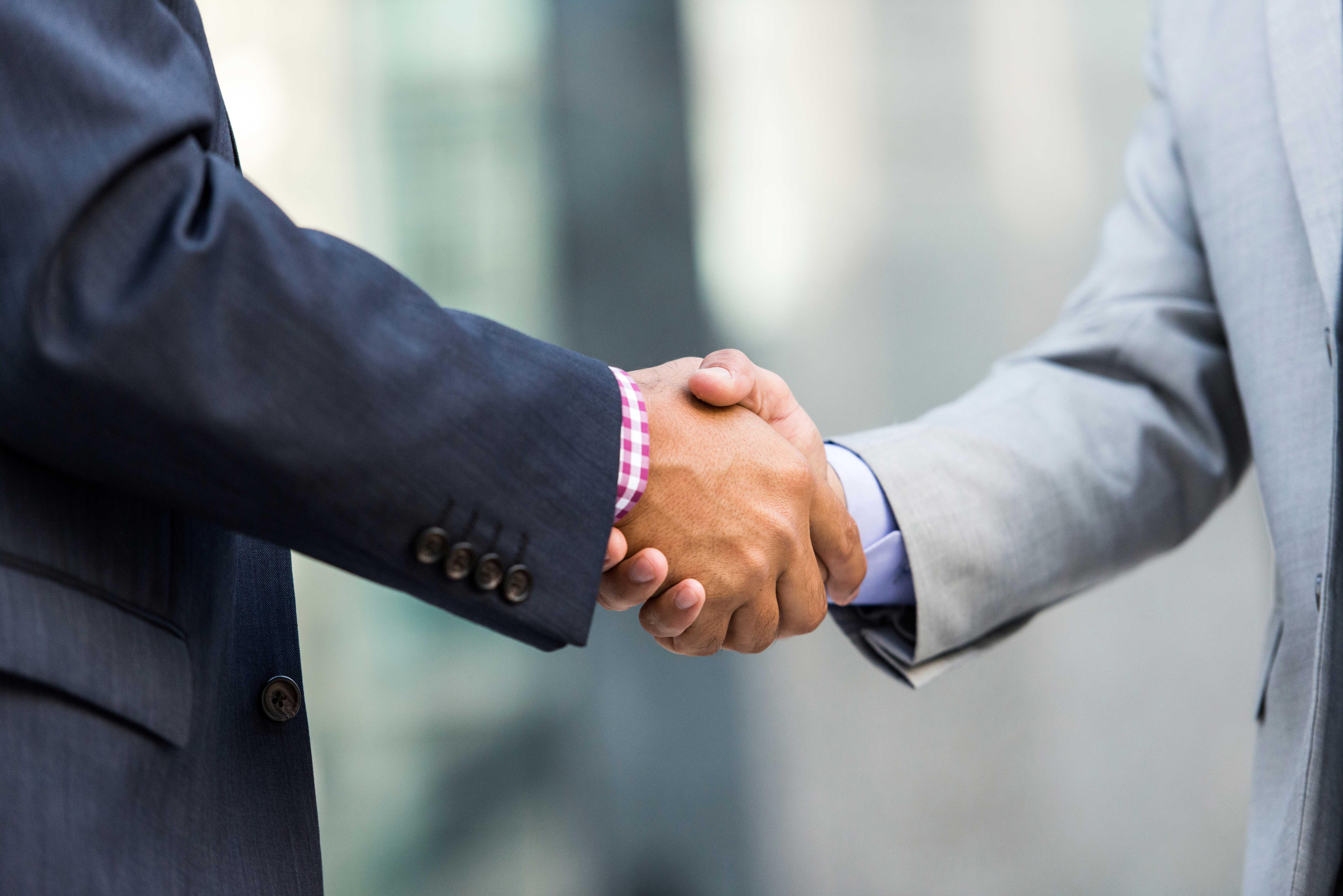 Shaking-Hands-Businessman2