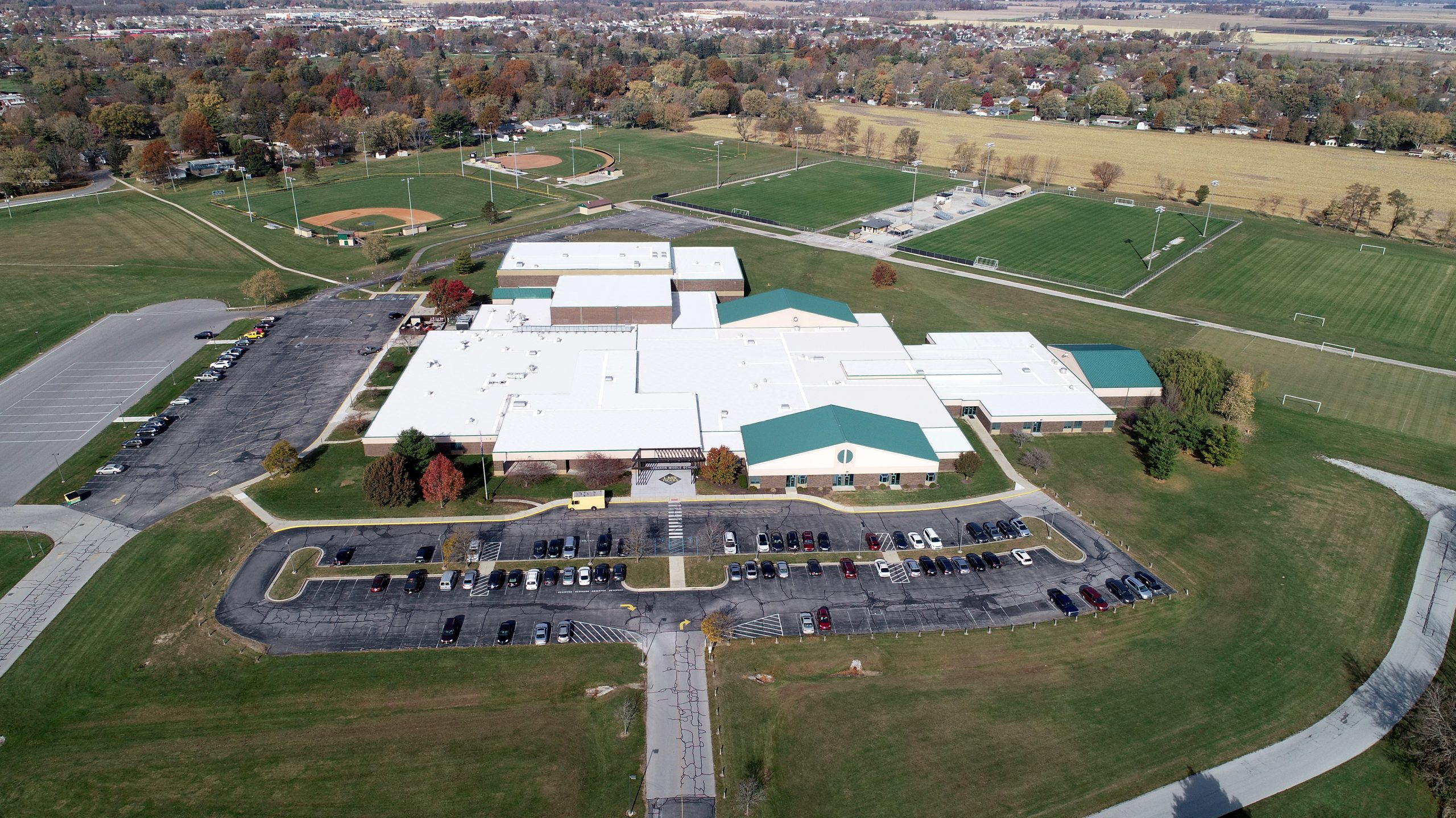 Lebanon middle school commercial roofing project by ce reeve roofing in Indiana