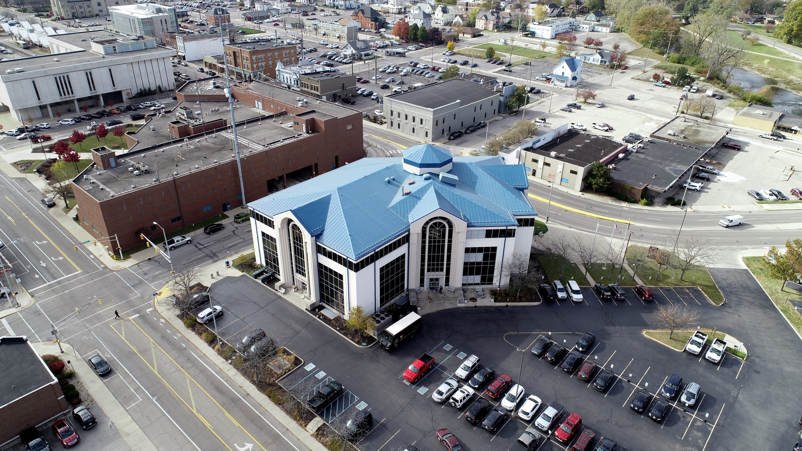 Muncie City hall commercial roofing project by ce reeve roofing in Indiana