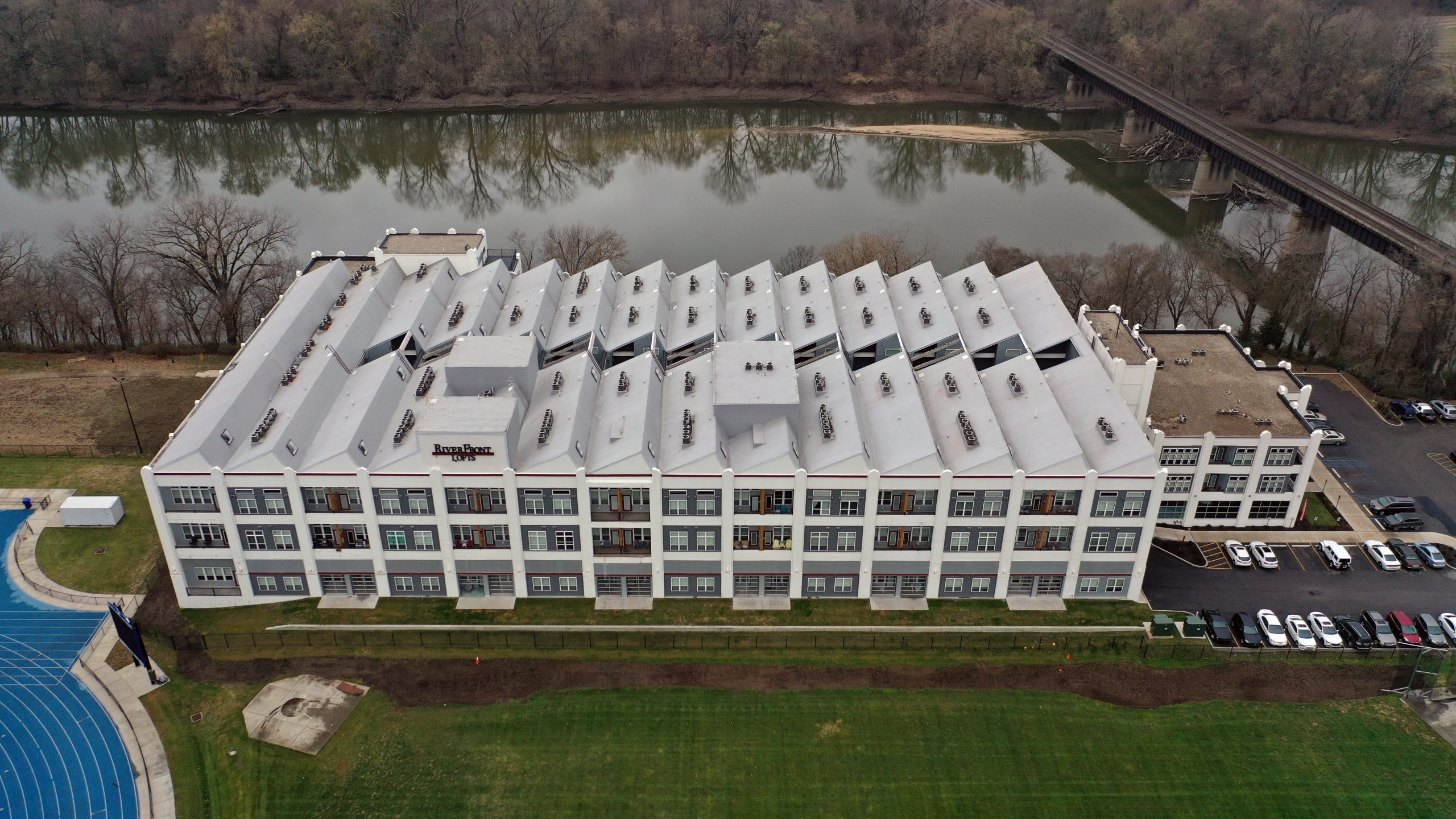 riverftont lofts commercial roofing project by ce reeve roofing in Indiana