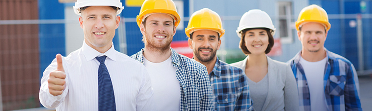 commercial roofing crew